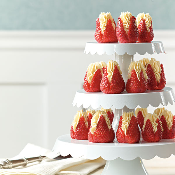 Strawberries, Banana Mascarpone, And Crushed Cookie Parfaits Recipe ...